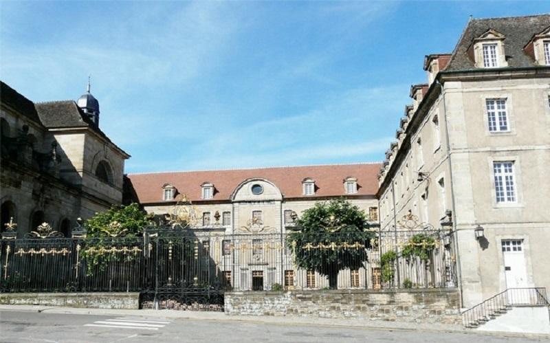 Lycée Bonaparte - AUTUN - 1